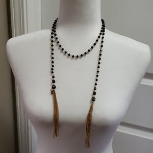 Jewelry - Gorgeous black and gold wrap necklace